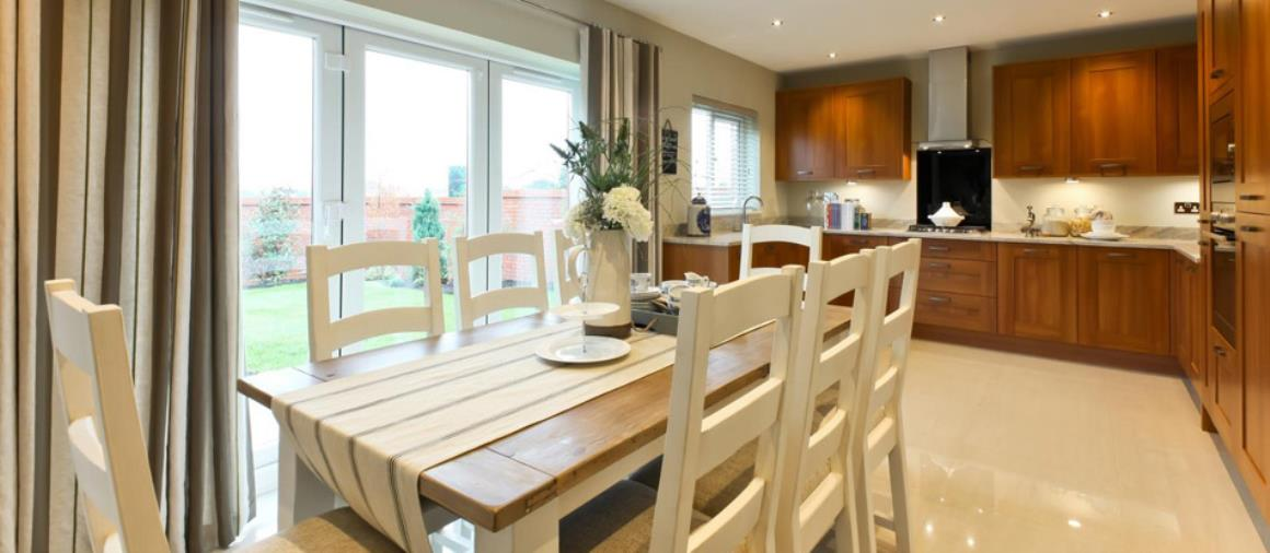 images.redrow.co.uk-howton-header-24965