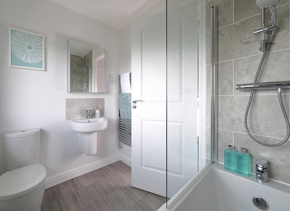 Romanfields-bath-38604