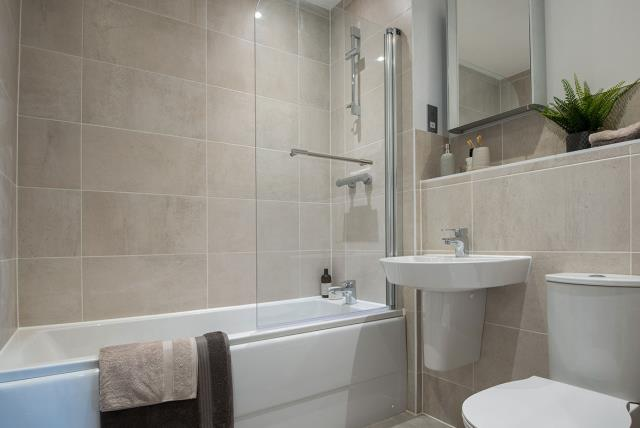 48078-bathroom-alwoodley