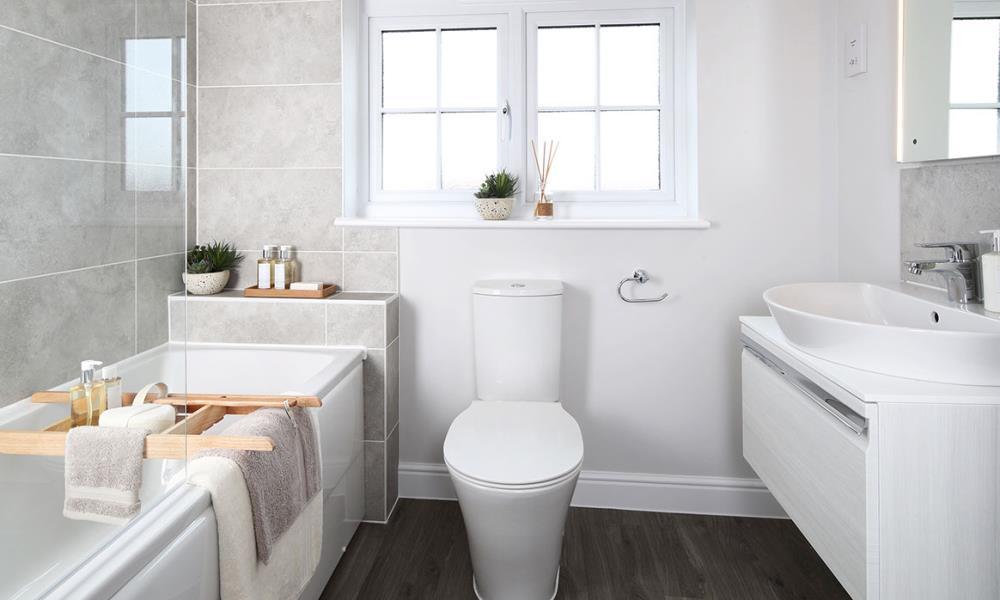 48030-bathroom