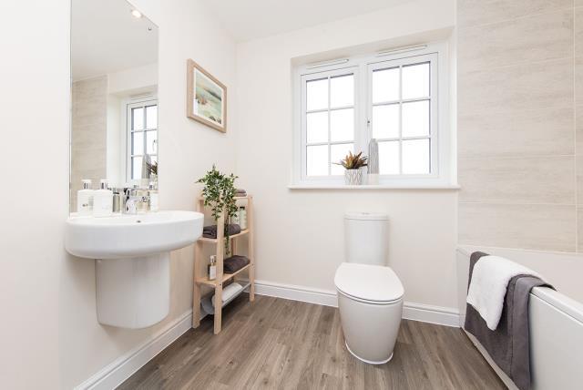 45657-bathroom