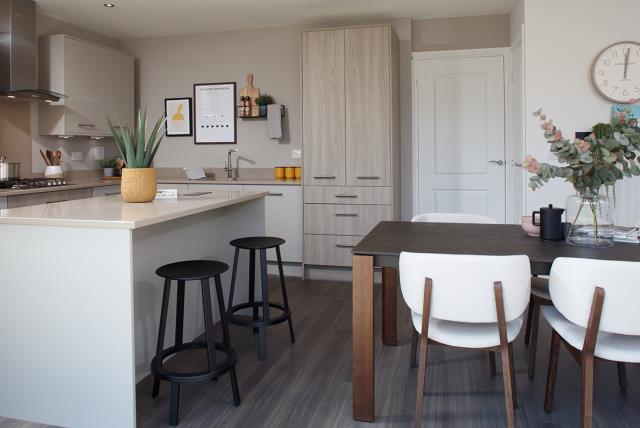 KitchenDining53292