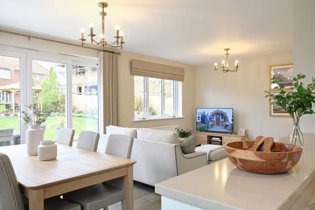 Hadleigh---dining---living---47359