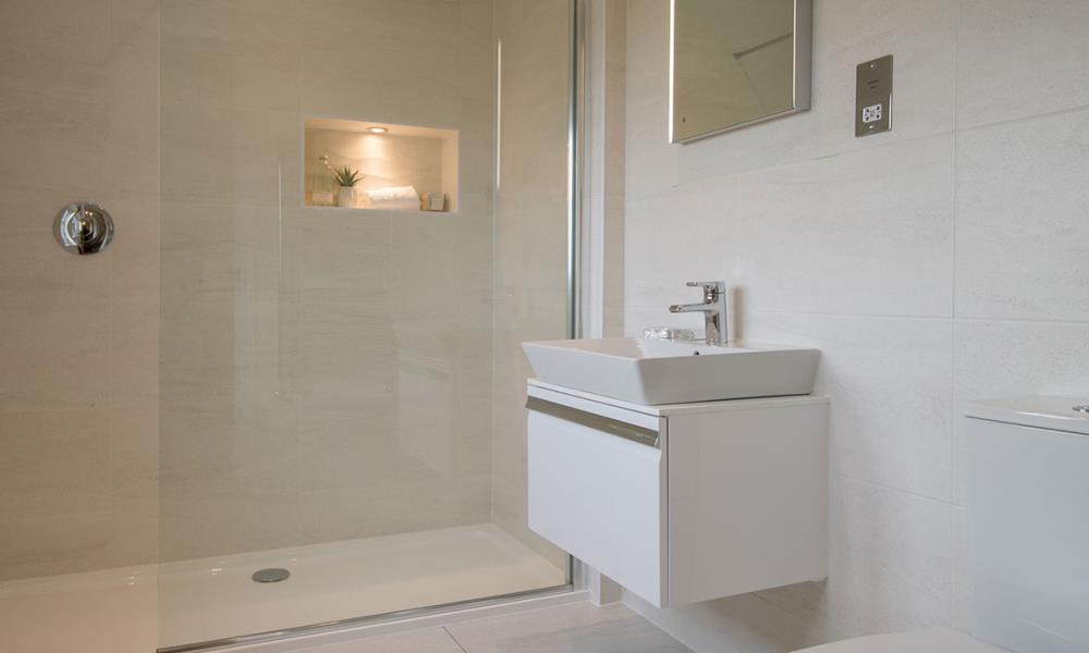 Balmoral-Bathroom-Shower-40394