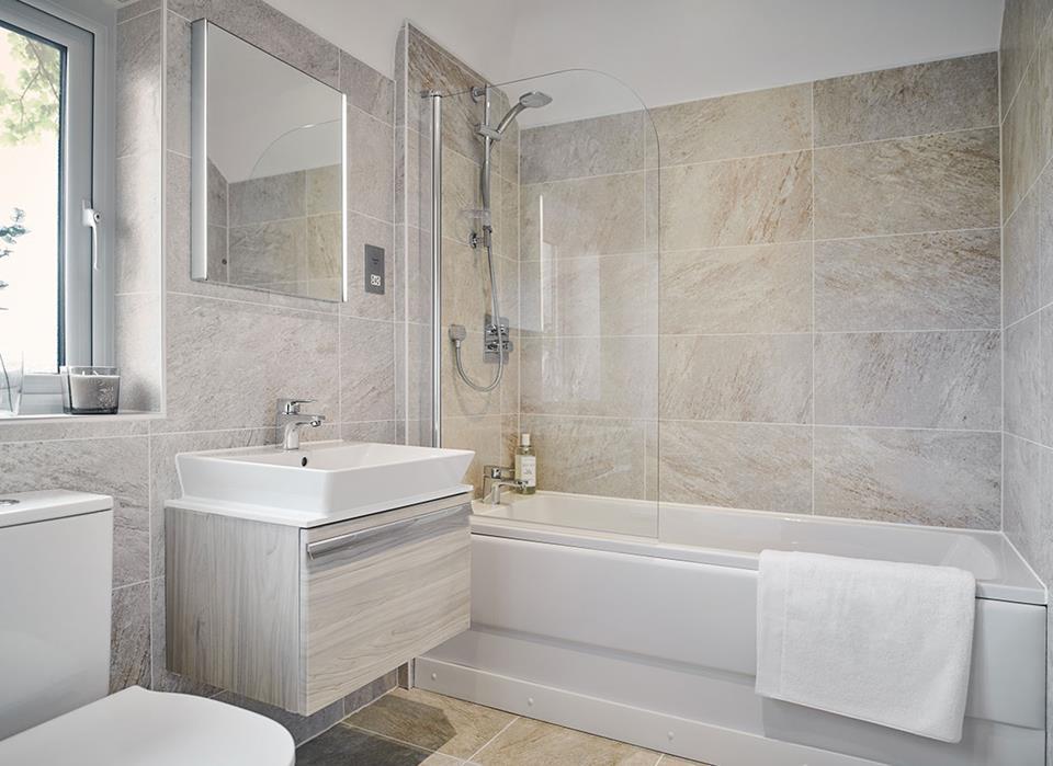 Cambridge-Barhroom-45906