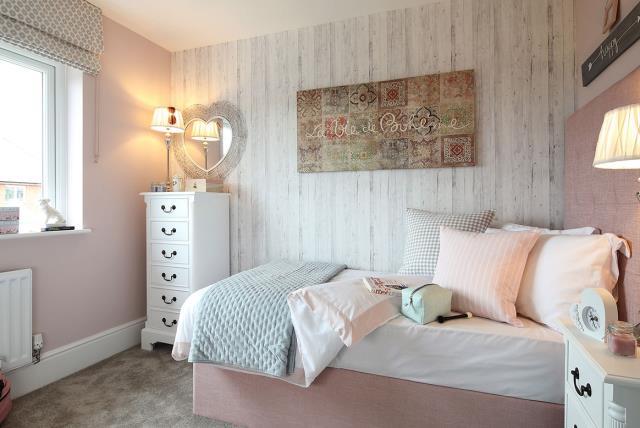 Canterbury-Bedroom-37370