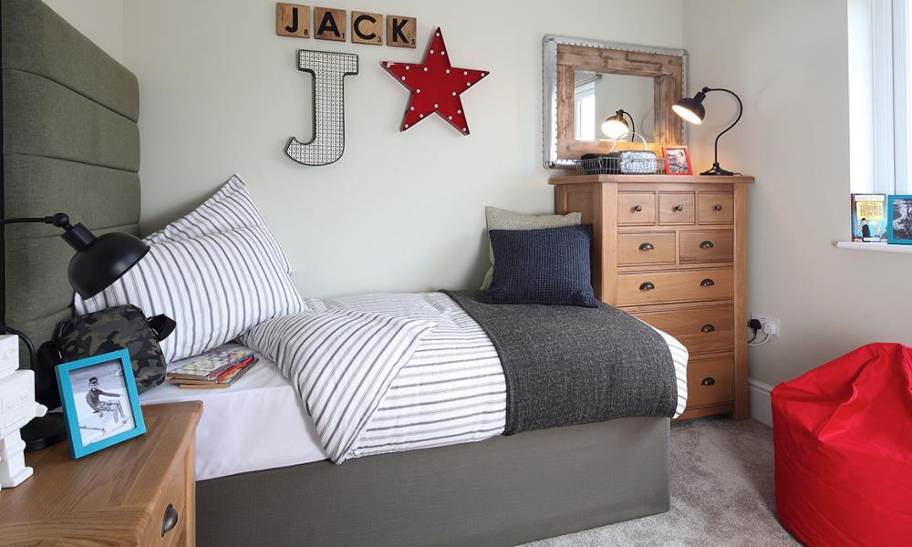 Canterbury-Bedroom-37375