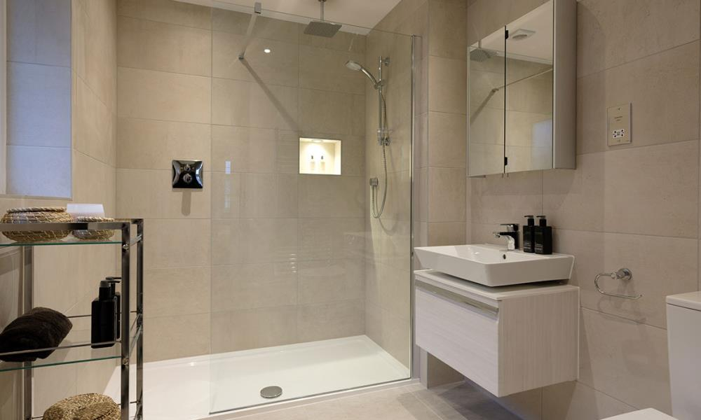 Henley-Bathroom-41555