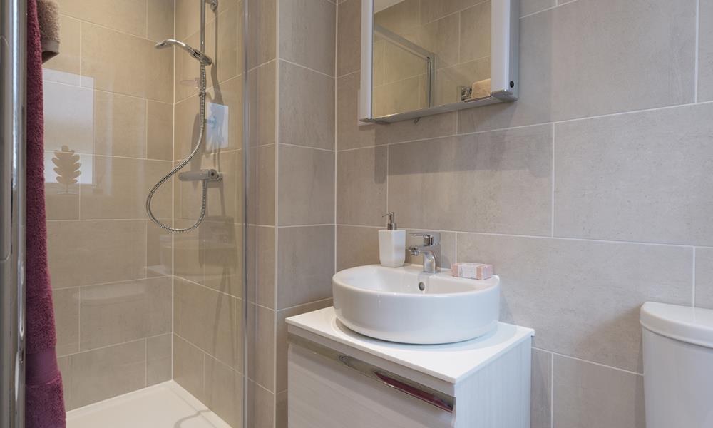 Leamington Lifestyle-bath-40547