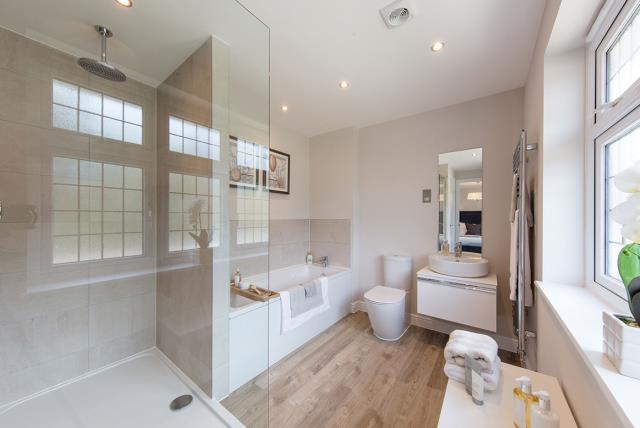 Leamington-Bathroom-43011