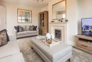 Marlow-lounge-43584