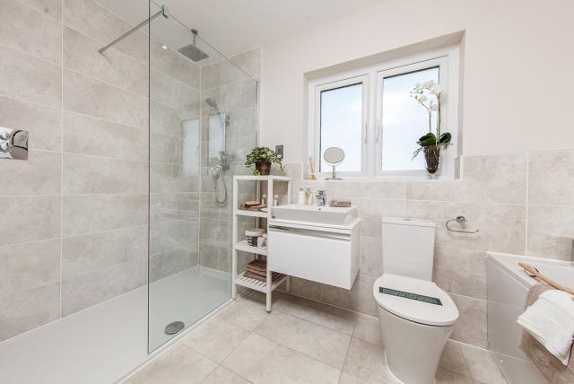 Oxford-Lifestyle-Bathroom-43621