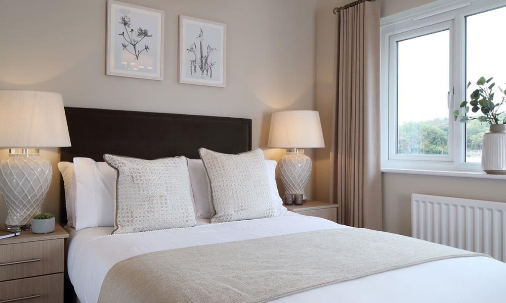 Oxford-Lifestyle-Bedroom-45996