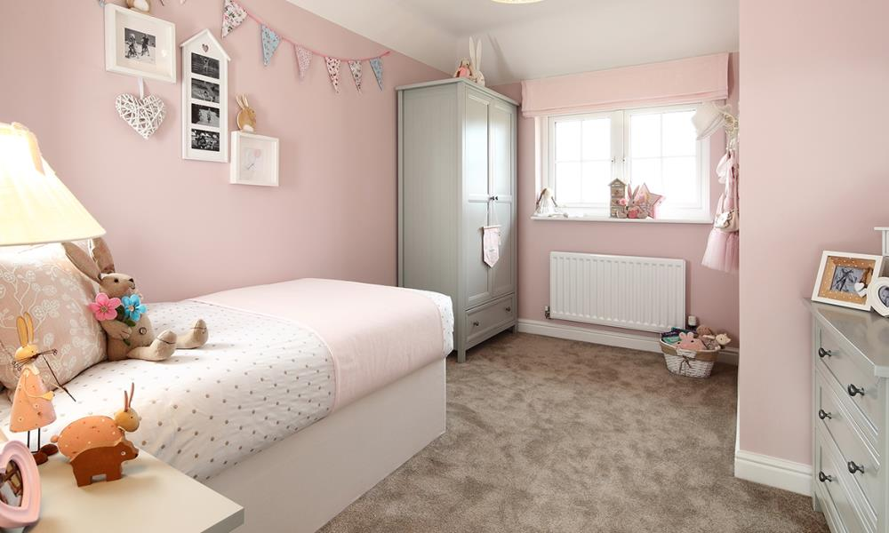 42619 - child - bed