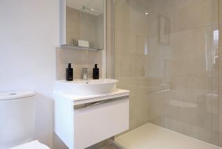 Warwick-Lifestyle-Bathroom-46747