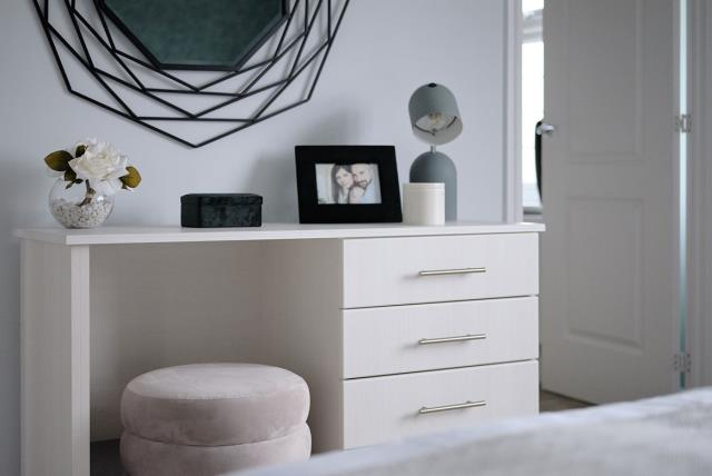 Warwick-Lifestyle-Bedroom-46753