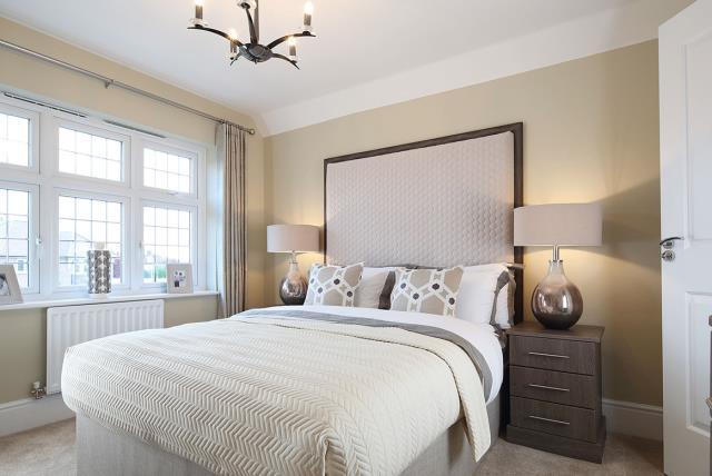 Template-Warwick-Bedroom-37310