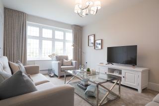 Warwick-lounge-44085