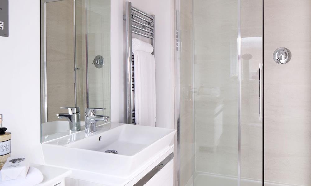 Welwyn-Bathroom-40666