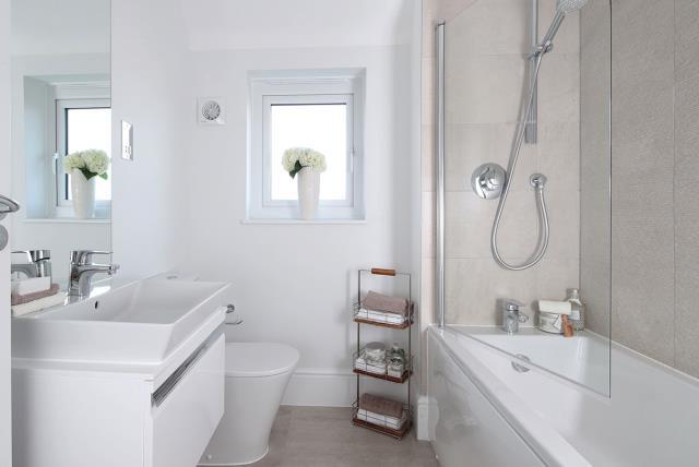Welwyn-Bathroom-40674