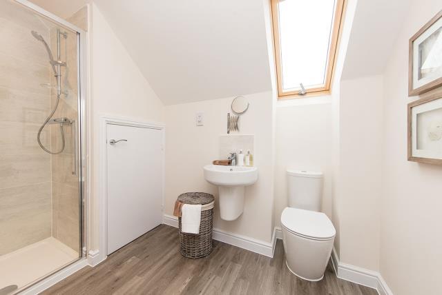 York-Bathroom-45656