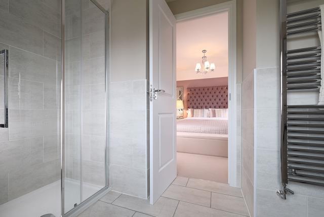 Amberley-Bathroom-38939