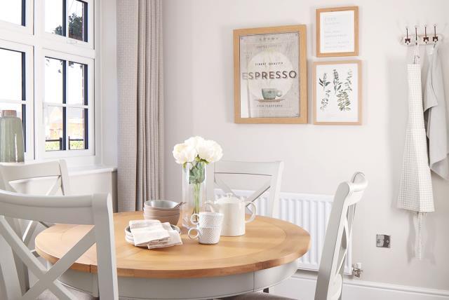 Grantham-semi - kitchen - seating - 46273