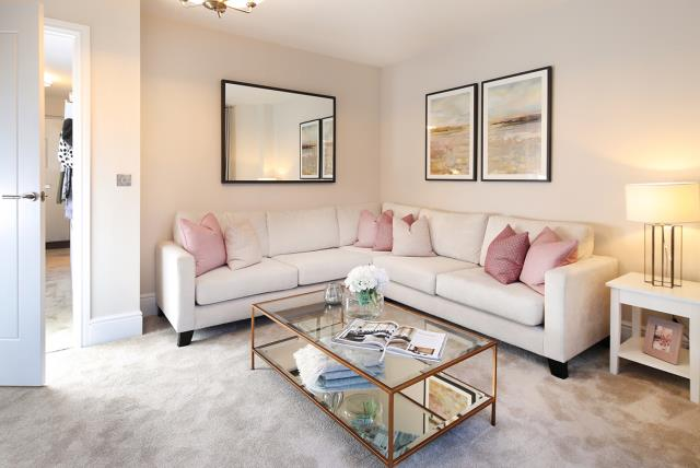 Grantham-semi - lounge - 46485