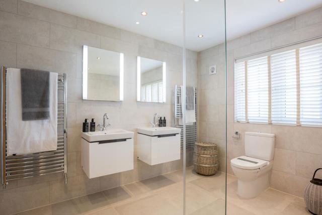 The Highgrove - Bathroom