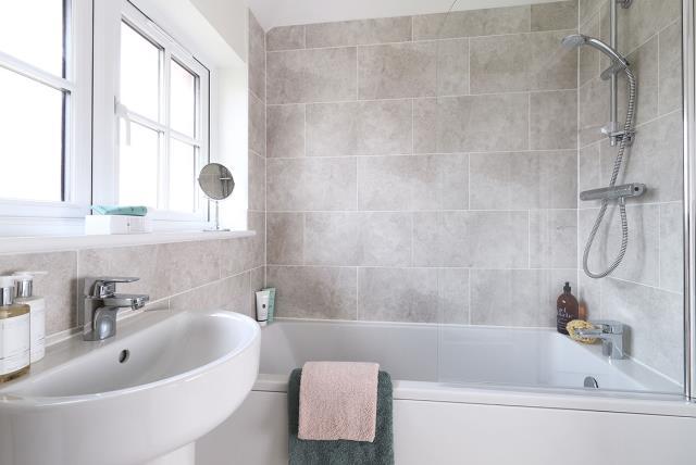 Template-Ludlow-Bathroom-38507