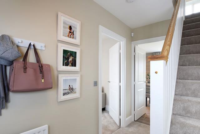 Oxford-Hallway-46861