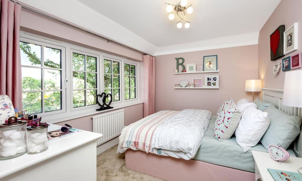 The Shaftesbury - Bedroom
