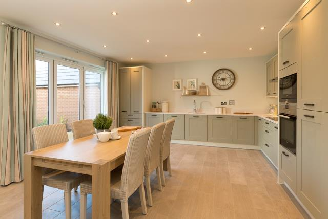 Stratford-kitchen-41497