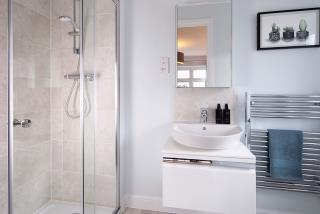Warwick-Bathroom-46895