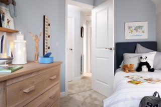 Warwick-Bedroom-46877