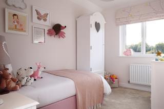 Warwick-bed-46034