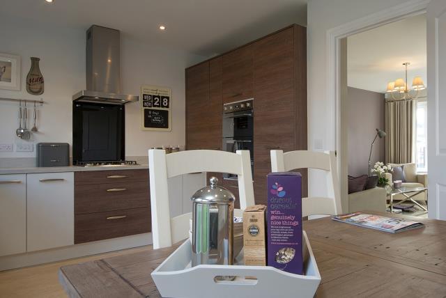 Brunswick-kitchen-dining-40905