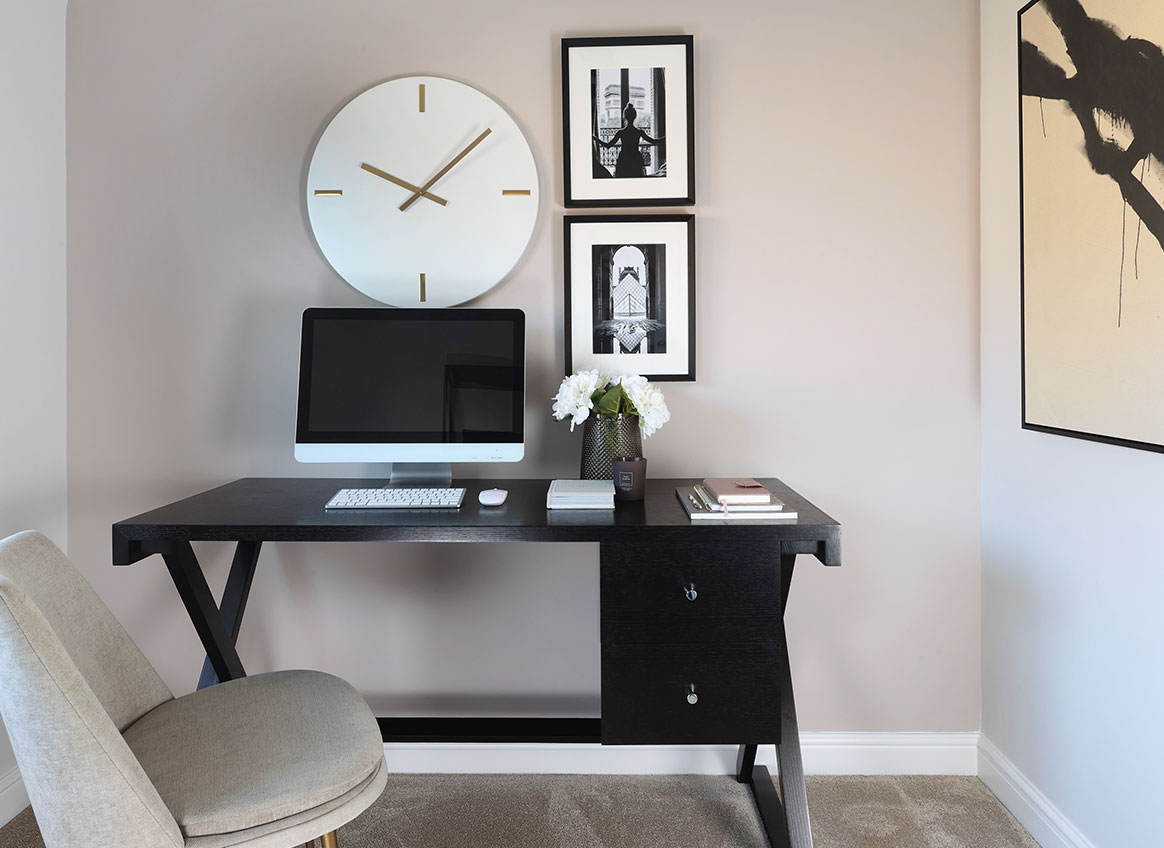 Office_Desk-Feature-51958-West_Works
